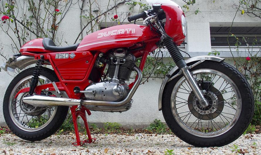 Une Ducati 350 mono entièrement restaurée !