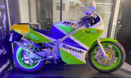 Une Kawasaki KR-1S entièrement restaurée !