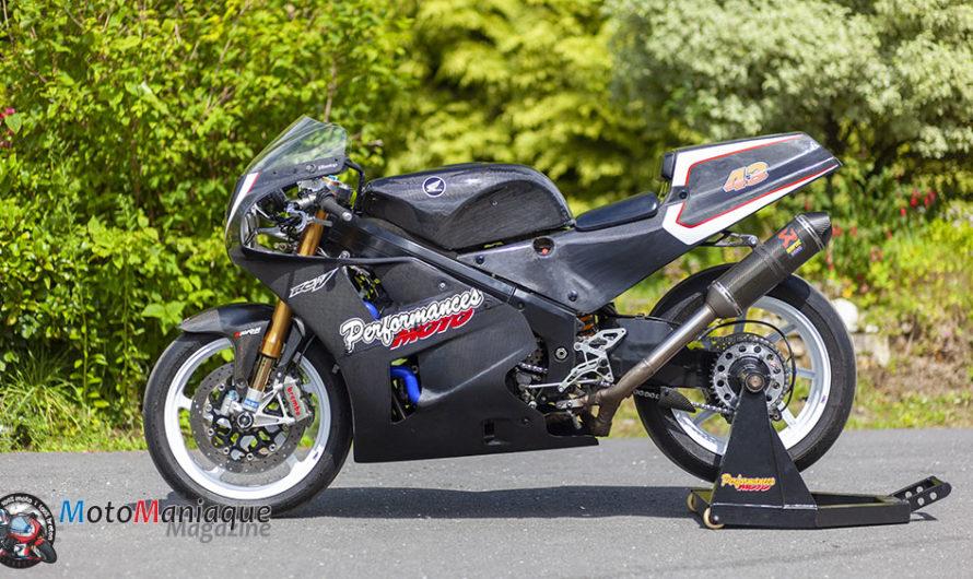 Une Honda RC30 full Carbone ! 🔐