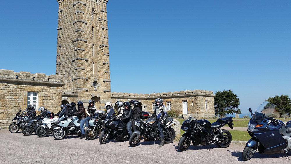 Amoto, l'association qui vous emmène... à moto !